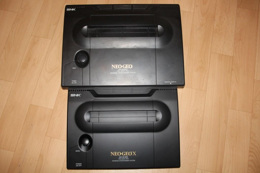 Neo Geo aes Au dessusNeo GEo d
