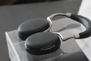 Matos : Casque audio Zik 2.0 (design by Starck)