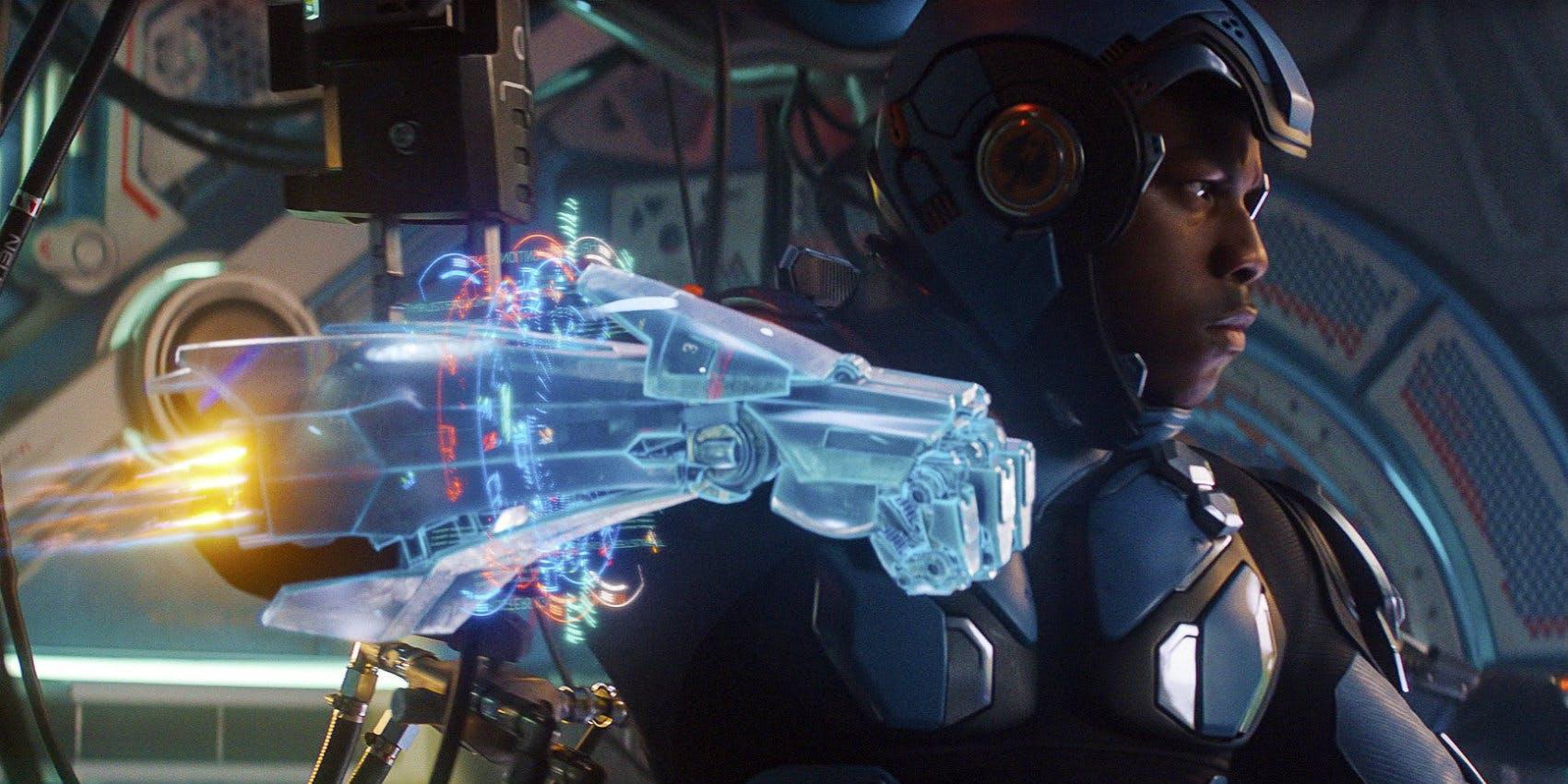 John-Boyega-in-Jaeger-armor-in-Pacific-Rim-Uprising